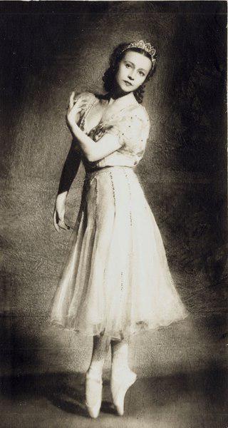 уланова балерина биография
