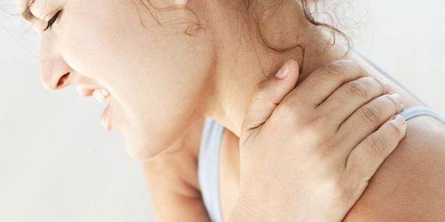 Крапивница на локтях фото симптомы и лечение