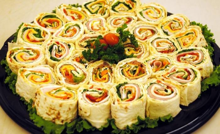 Оригинальные закуски: армянский лаваш с начинкой - FB.ru