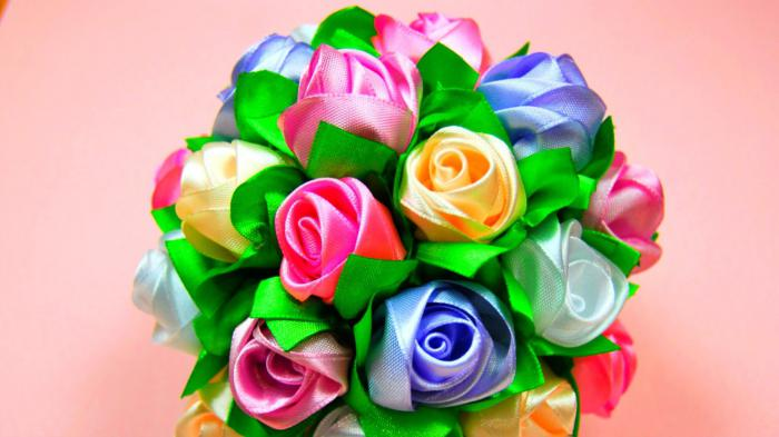 Букет из цветов для мамы своими руками