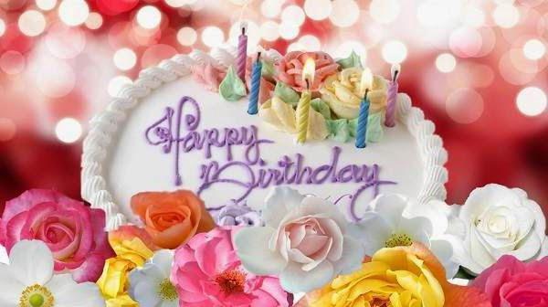 краткое поздравление с днем рождения женщине