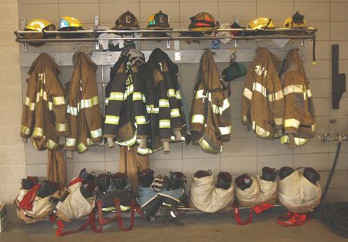надевание боевой одежды пожарного
