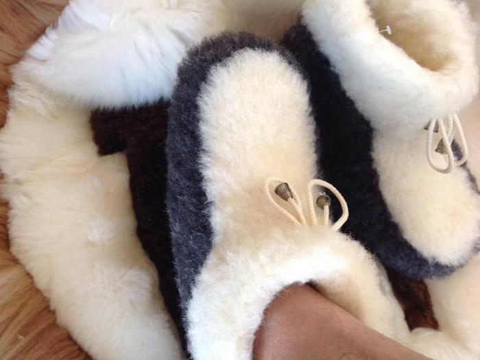 мужские домашние тапочки из овчины