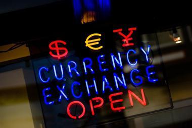 Плавающий курс рубля - это что значит? Чем грозит плавающий курс рубля?