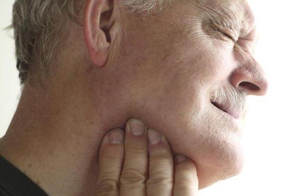 воспаление железы под языком