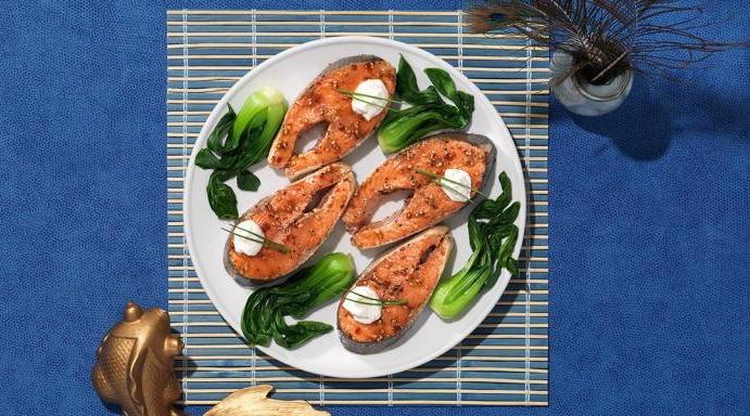 как запечь стейки лосося в духовке