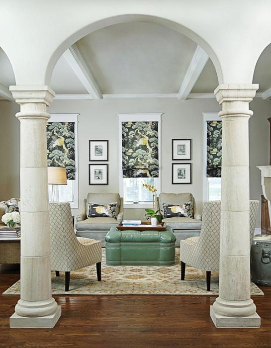 колонны в интерьере квартиры и дома