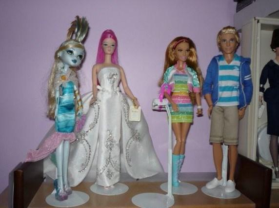 как сделать подставку для кукол монстер хай: мастер-класс