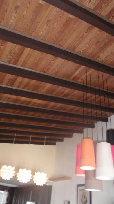 покрытие потолка ламинатом