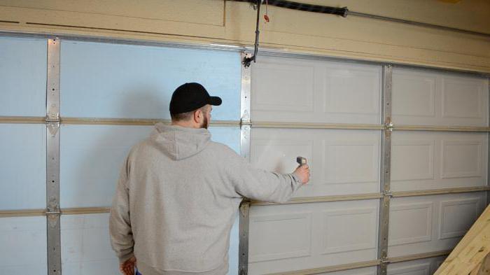 утепление металлических гаражных ворот