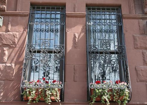 решетка на окна своими руками в деревянном доме