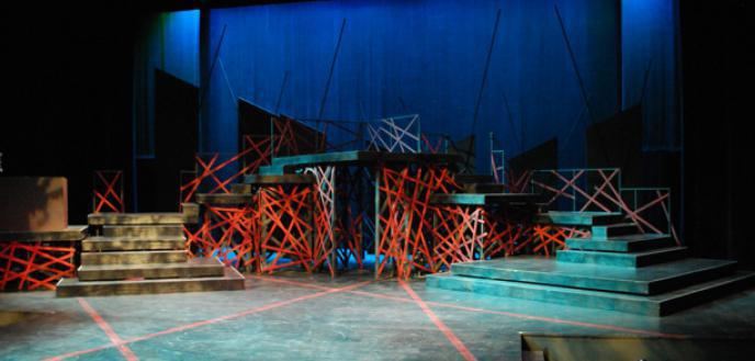 Artist-decorator in the theater. The production of scenery for the stage