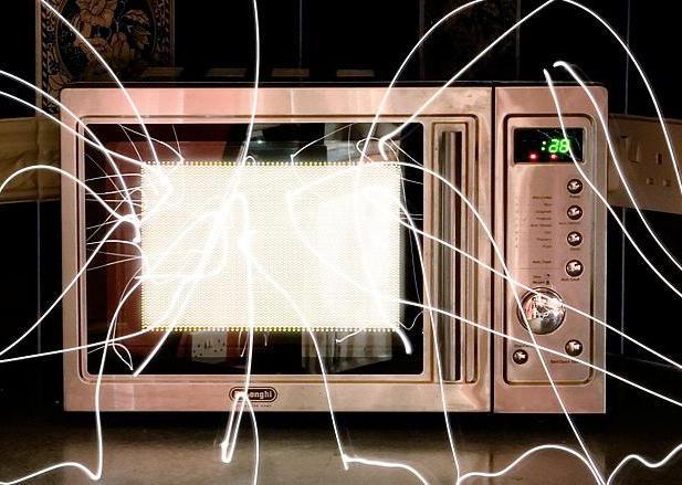 Почему Искрит Микроволновка Внутри