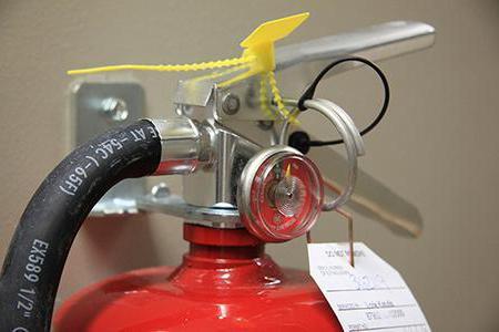 где должен располагаться огнетушитель в помещении