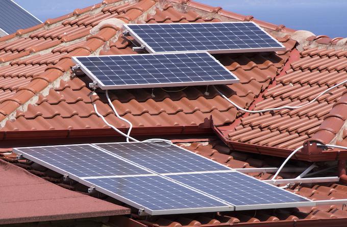 Подключение солнечных батарей на крыше