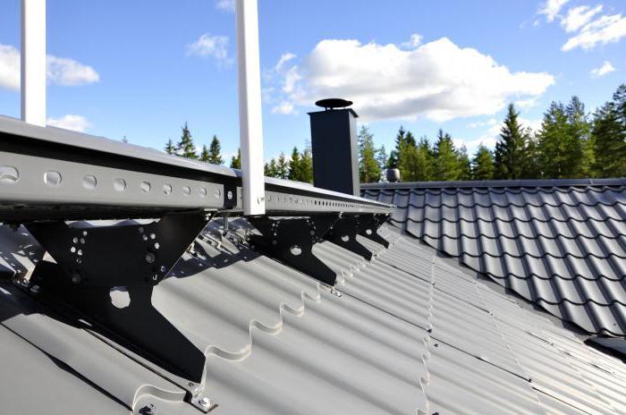 Снегозадержатели на крышу из профлиста