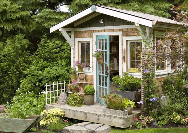 how to make a mini house with your own hands