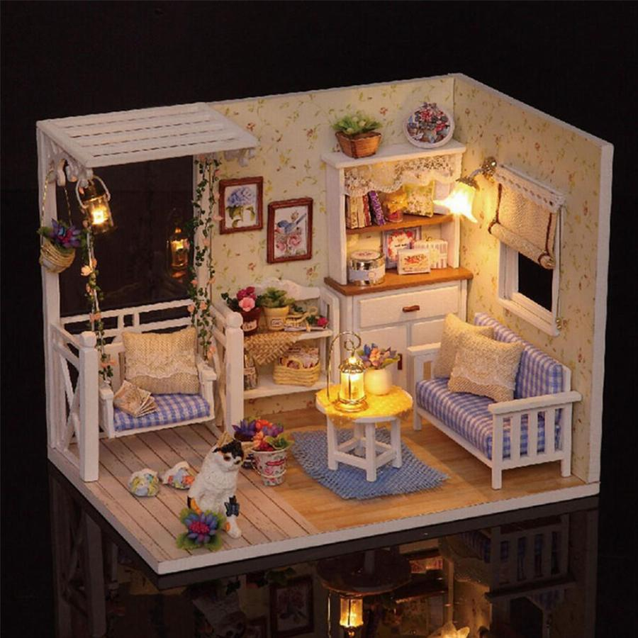 do-it-yourself mini doll houses