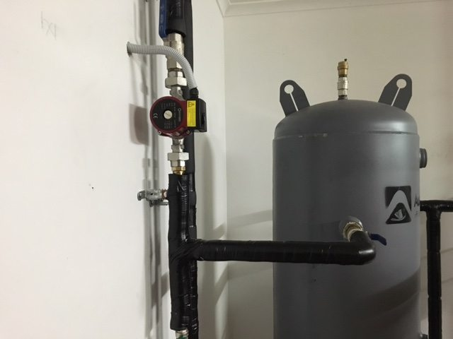 do-it-yourself buffer tank for solid fuel boiler
