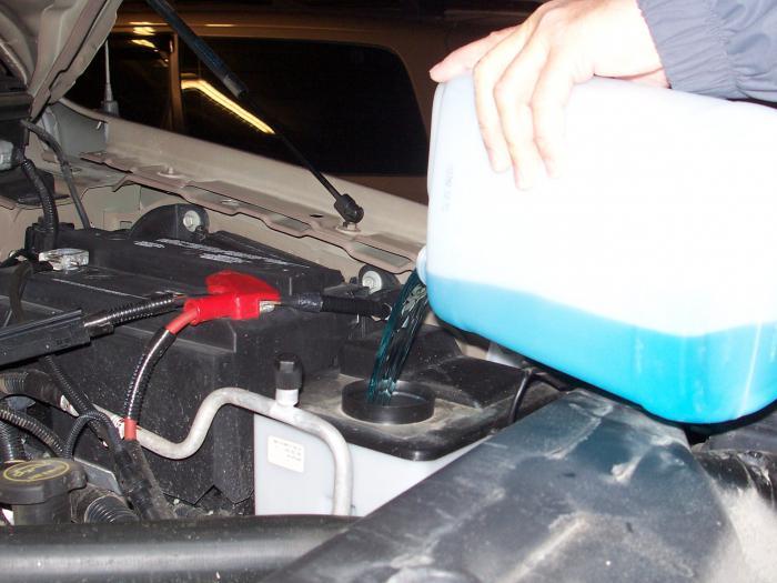 Фото №7 - ВАЗ 2110 куда заливать тормозную жидкость