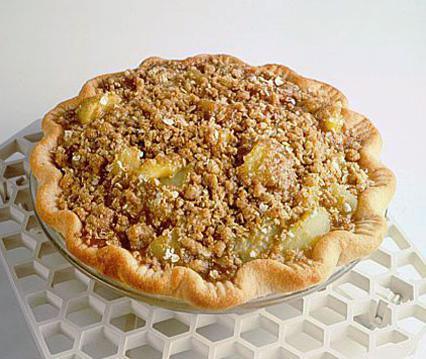 Песочный пирог с джемом