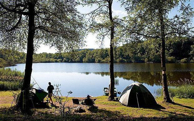 кемпинг на селигере с палатками