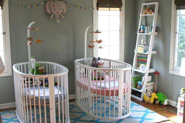 Овальная кроватка для новорожденных