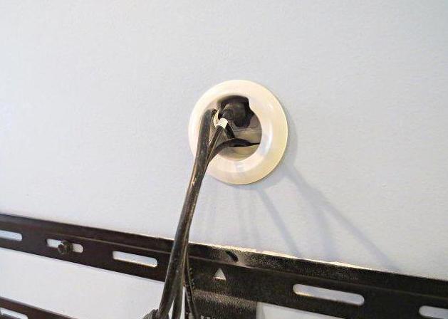 Крепление ЖК телевизора на стену своими руками