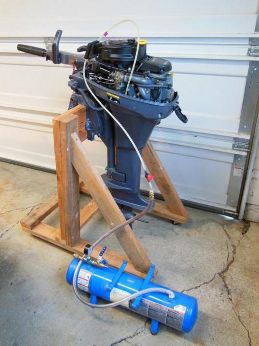 Как заменить на ямахе лодочном моторе масло в редукторе
