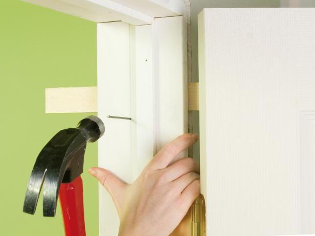 Как правильно вставлять межкомнатные двери