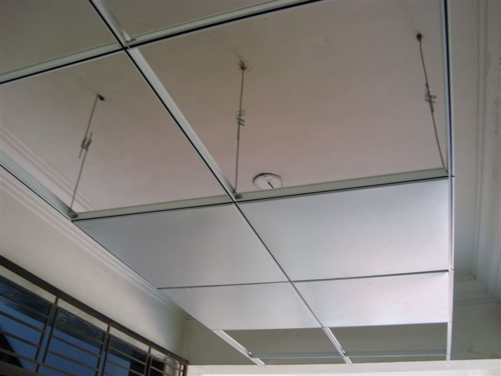 Cassette-type suspended ceiling