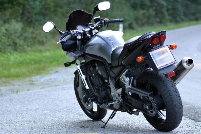 Yamaha FZS 1000 обзор