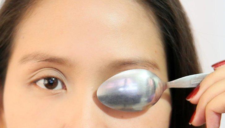 Как убрать отек под глазами: причины появления, эффективные методы борьбы, народные рецепты, советы косметологов