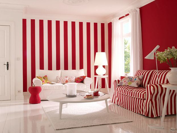 The combination of colors in the interior with red