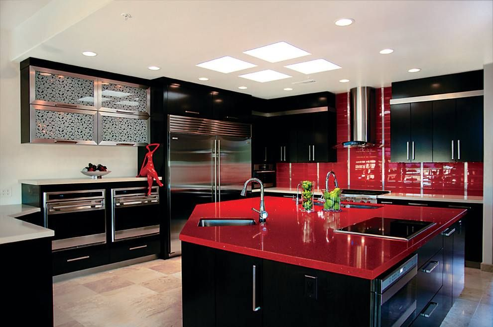 Combination with red in the interior