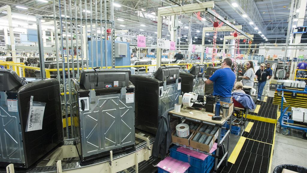 разделение труда на заводе