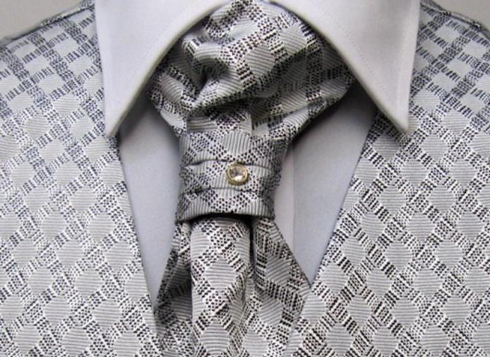 галстук пластрон