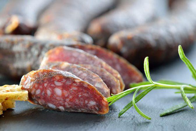how to make uncooked smoked sausage at home