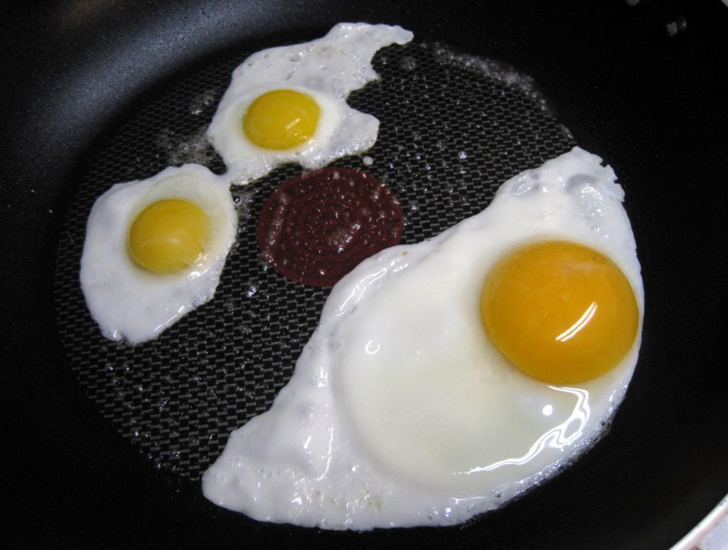 Как заменить куриные яйца перепелиными