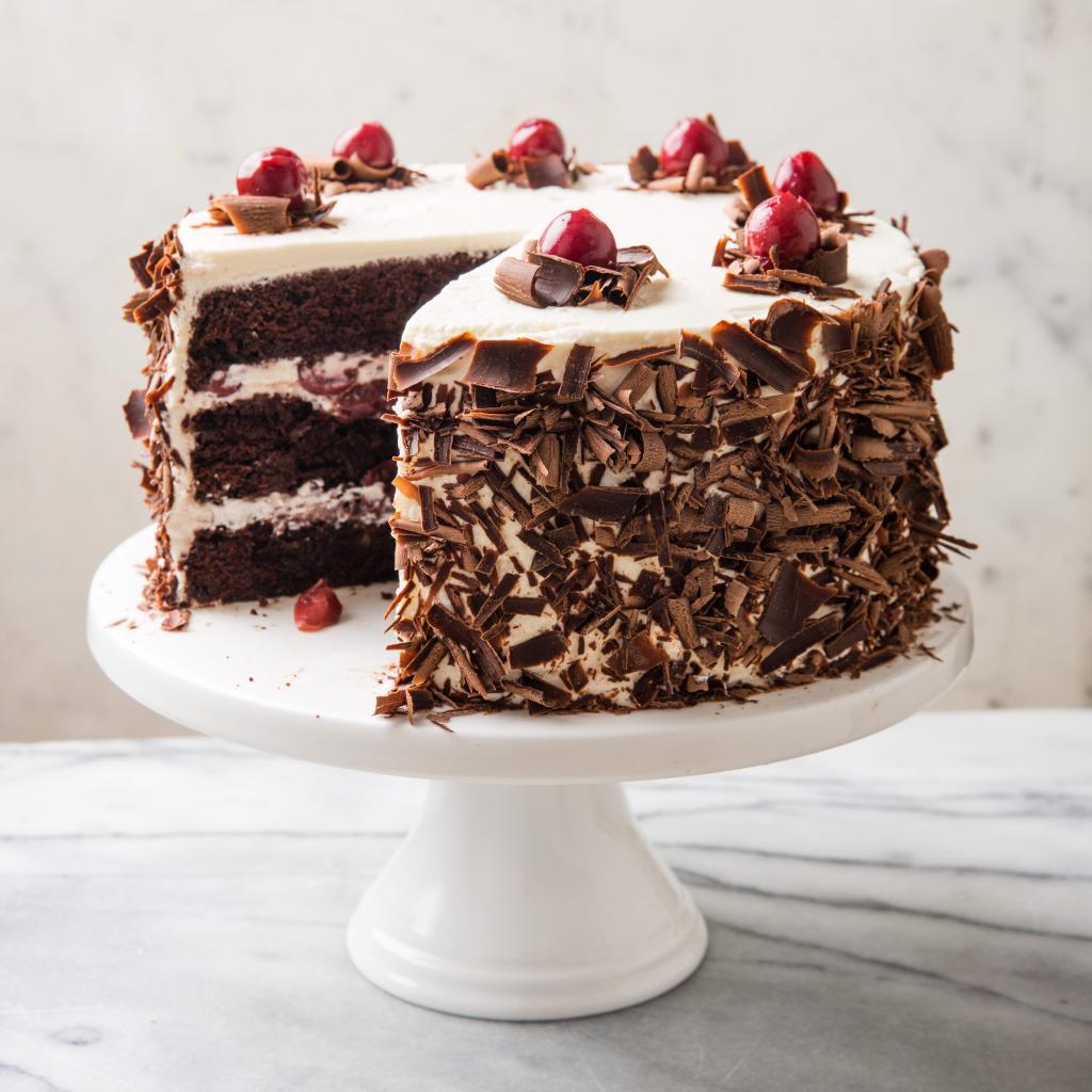 Бисквит шоколадный на сметане: рецепт, особенности приготовления, время выпекания, фото