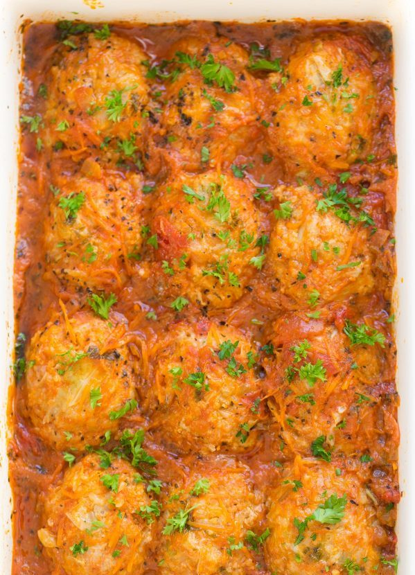 Baking lazy cabbage rolls in the oven
