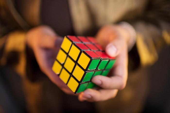Ученые узнали, как собрать кубик-рубик за 20 ходов