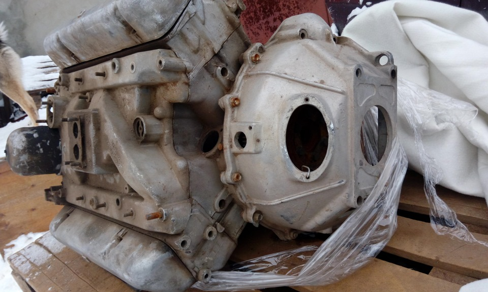 восьмицилиндровый двигатель ЗМЗ-41