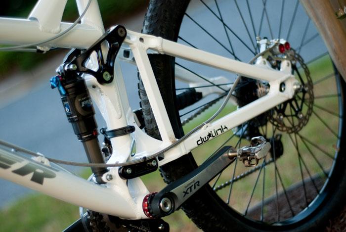 задняя подвеска на велосипед