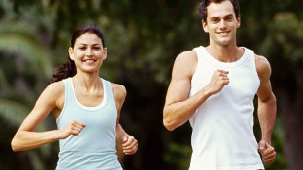 помогает ли бег убрать живот и бока
