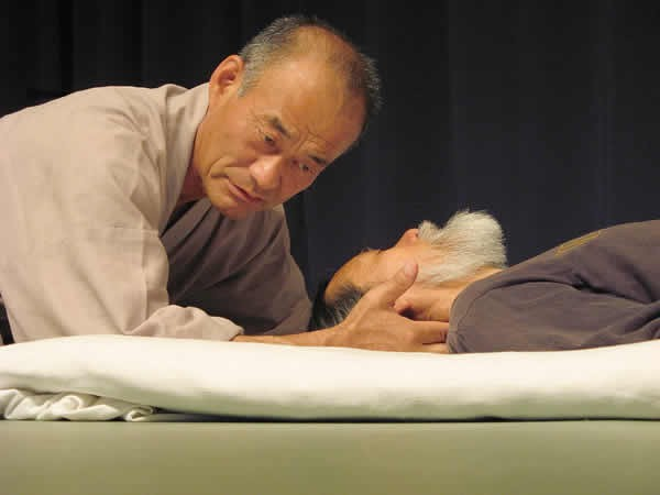 точечный массаж ладони в картинках