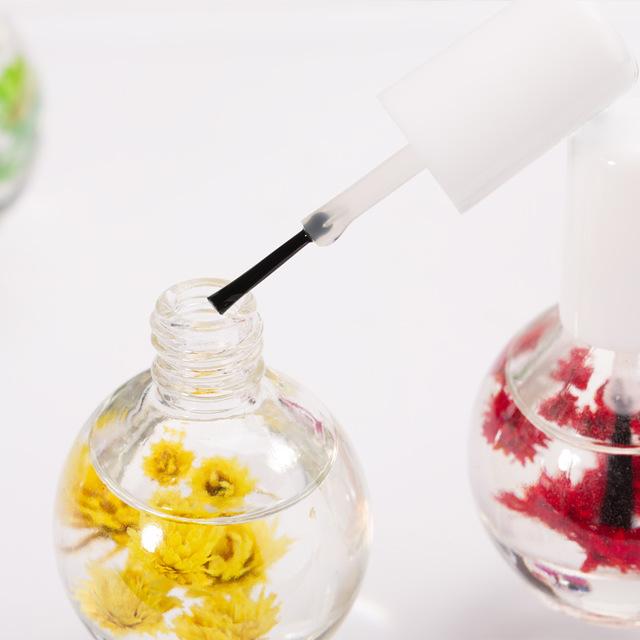 Для чего нужно масло для кутикулы и ногтей: назначение, особенности применения, советы по выбору и отзывы покупателей