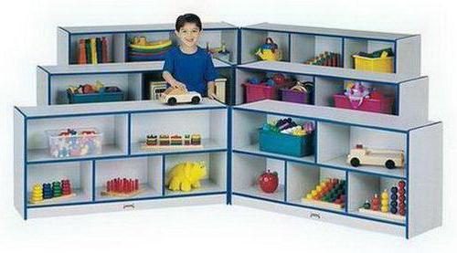 Угловой стеллаж для игрушек