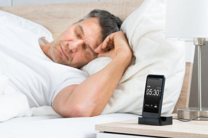 Можно ли заряжать айфон всю ночь
