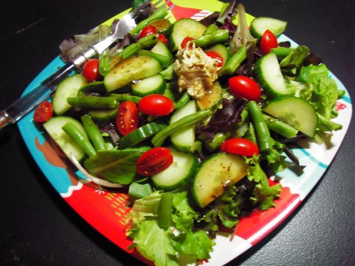 Готовим салат на праздничный стол